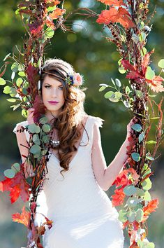 Autumn swing | Photo by Candace Berry Photography | Read more - http://www.100layercake.com/blog/?p=70340