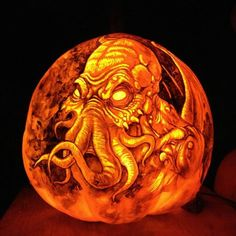 I do not think my pumpkin carving skills are up to this level of Legendary. This is the best Cthulhu Pumpkin I've seen.