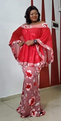 Mode africaine robe Your Purse Or Handbag Should Match Your Body Type Most women cannot leave the ho Short African Dresses, Latest African Fashion Dresses, African Print Dresses, Ankara Fashion, African Prints, African Fabric, Short Dresses, African Traditional Dresses, African Attire