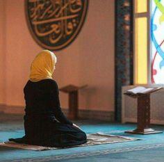 جن کی زندگی میں بڑا مقصد نہ ہو، وہ کیا کریں؟ وہی جو میں کرتا ہوں عبادت !  ہم عبادت کے لیے پیدا کیے گئے ہیں سو ہمیں اپنےھرکام کوعبادت بنا لینا چاہیے