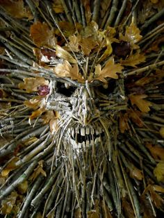 DIY Inspiration : Plastic dollar store mask base, glue on branches & leaves. Artwork by Mark Ayling.  *No instructions, inspiration only*  #green_man