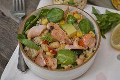 Salata de cuscus cu legume si somon Cobb Salad, Favorite Recipes, Diet, Salads