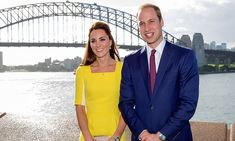 Prince Harry and Meghan Markle have posed for a rare loved-up picture during their visit to Sydney Opera House. It comes four years after Prince William and Kate Middleton posed on the same step. Prince William And Kate, William Kate, Prince Harry And Meghan, Prins William, Duke And Duchess, Duchess Of Cambridge, Duchess Kate, British Royal Family News, Sydney