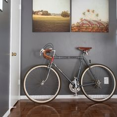 love the art & the bike -- could do this across from my bed. Now all I need is a bike ...