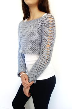 Alexia Cropped Sweater Crochet pattern by CamexiaDesigns Cropped Pullover, Cropped Sweater, Pull Crochet, Knit Crochet, Christmas Knitting Patterns, Crochet Patterns, Pull Court, Black Crochet Dress, Dress Gloves
