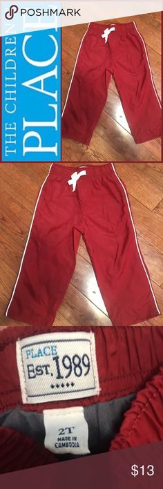 🆕NWOT Children's Place Toddler Boys 2T Pant 🆕NWOT Children's Place Toddler Boys 2T Pant ▪️New without tags. Never worn. No noted damage. Please refer to pics. ▪️Size: 2 Toddler Boys US ▪️Material: Shell 100% Polyester; Lining 60% Cotton, 40% Polyester  ▪️Made: Cambodia The Children's Place Bottoms