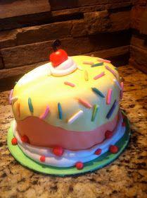 CropaCabana: Mickey Cookie Lollipop and a Birthday Cake!