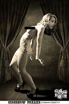 """CIRCUS: """"Sideshow Freaks: Human Oddity II"""" This girl is a contortionist and can move her head to face backward. She was also willing to show other attributes. Old Circus, Vintage Circus, Dark Circus, Night Circus, Freak Show Circus, Sideshow Freaks, Human Oddities, Bizarre, Crazy People"""