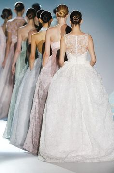 Imagine this gorgeous rainbow of bridesmaids at your wedding!