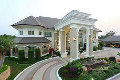 60 Most Popular Modern Dream House Exterior Design Ideas - Ideaboz Bungalow House Design, House Front Design, Modern House Design, Duplex House, House Plans Mansion, Dream Mansion, Beautiful Modern Homes, Beautiful Dream, Modern Luxury