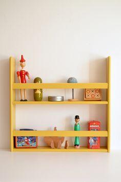 Handmade wooden shelf #macarenabilbao