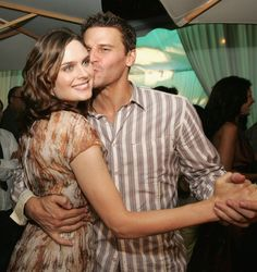 Love these two and the characters they play on Bones. Love the show. Love it all. Love love.