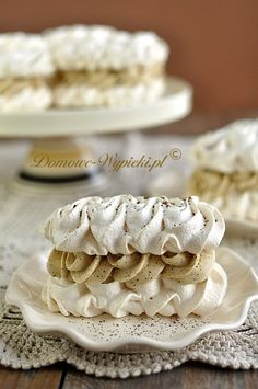 Meringues with coffee mass Polish Desserts, Polish Recipes, Baking Recipes, Cookie Recipes, Meringue Cake, Pavlova, Cake Cookies, Holiday Recipes, Sweet Tooth