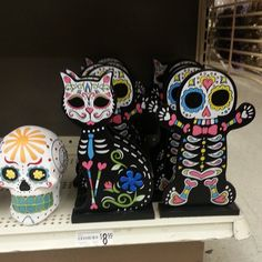 ...idea to make coloring pages with blank figures.....good kids project or Halloween party activity?