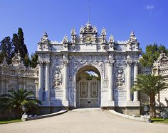 Dolmabahce Palace & Yildiz Royal Garden Tour http://www.turkeytravelbazaar.com/tour/istanbul-daily-city-tours/