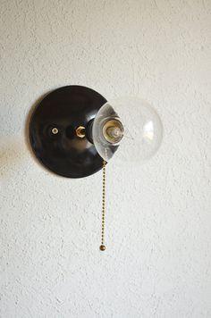 Industriële lamp in de hal   Interieur inrichting