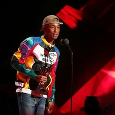harrell presenting Chance the Rapper with the iHeartRadio Innovator Award - March 11, 2018 (���