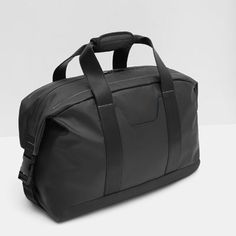 Image 6 of SPORTY DUFFLE BAG from Zara Leather Backpack For Men, Leather Briefcase, Leather Backpacks, Men's Leather, Vintage Leather, Backpack Bags, Messenger Bags, Laptop Backpack, Duffel Bag