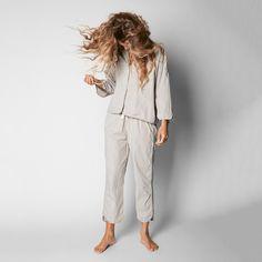 Crisp organic cotton pyjamas - 2-piece set in dreamy colours!