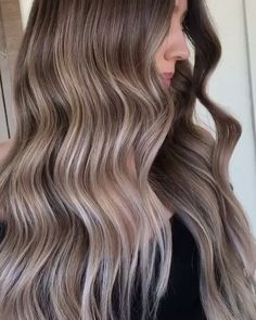 The Warm to Cool Blonde Hair Color Hacks Every Colorist Should Know Cool Blonde Hair, Blonde Hair With Highlights, Ash Blonde, Black To Blonde Hair, Bleach Blonde, Brown To Blonde, Balayage Highlights, Ombré Hair, Lace Hair