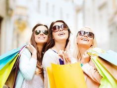 Kobiecość to udane zakupy z koleżankami