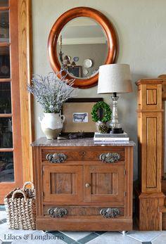 Lilacs & Longhorns Foyer Table Vignette http://feedproxy.google.com/~r/LilacsLonghorns/~3/yIH1RvdrzpE/foyer-table-vignette.html via bHome https://bhome.us