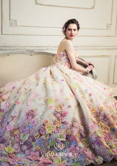 Beautiful Floral Wedding Dress Ideas You'll Love It - Beauty of Wedding Source by achinofsky dresses ideas Beautiful Gowns, Beautiful Outfits, Vestido Charro, Floral Gown, Floral Flowers, Floral Wedding Dresses, Wedding Colors, Long Prom Dresses, Ball Gowns