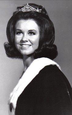 Debra Dene Barnes, 1968, Moran, Kansas, 42nd winner of Miss America contest