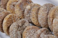 The common fig is a flowering plant from the Moraceae family and when dried can be best used as a replacement for other commonly known . Dried Figs, Dried Fruit, Breakfast Dessert, Breakfast Recipes, Sweet Desserts, Chutney, Natural Remedies, Peanut Butter, Berries