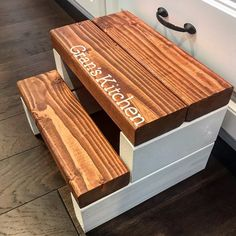 A Beautiful step stool with Red Oak steps and White supports. Check it out and so much more in the shop! Carpentry Projects, Cool Woodworking Projects, Diy Woodworking, Woodworking Equipment, Lathe Projects, Rustic Stools, Wooden Stools, Small Wood Projects, Scrap Wood Projects