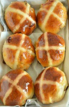 Hot Cross Buns – Paul Hollywood's recipe
