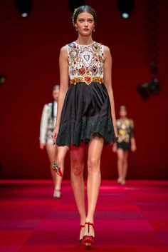 A look from the Dolce & Gabbana Spring 2015 RTW collection.