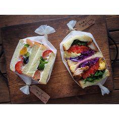 Fruit Sandwich, Toast Sandwich, Sandwich Shops, Party Sandwiches, Delicious Sandwiches, Cute Food, Yummy Food, Onigirazu, Recipes From Heaven