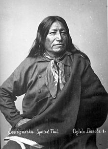 Spotted Tail was born about 1823 in the White River country west of the Missouri River in present-day South Dakota         The young man took his warrior name, Spotted Tail, after receiving a gift of a raccoon tail from a white trapper; he sometimes wore a raccoon tail in his war headdress