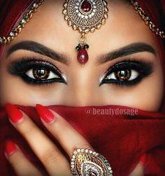 """Traditional look loving these beautiful lashes from in 'Bridget' _______________________________________ Products Used to create this…"" Arabian Eyes, Arabian Makeup, Arabian Beauty, Eye Color Chart, Cooler Look, Glitter Eyeshadow, Grey Eyeshadow, Eyeshadow Palette, Nyx Cosmetics"