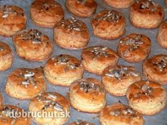 Fotorecept: Syrové chilli pagáčiky Muffin, Cooking Recipes, Bread, Breakfast, Cake, Food, Pizza, Basket, Morning Coffee