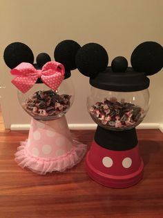 Minnie Mouse & Mickey Mouse gum ball machines for sweet table. Mickey Mouse Clubhouse Birthday Party, Mickey Mouse Parties, Mickey Party, Mickey Mouse Birthday, Mickey Minnie Mouse, Pirate Party, 2nd Birthday, Birthday Ideas, Mickey Mouse Centerpiece