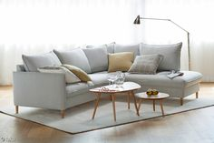 Pohjanmaan Chic 2,5h-sohva + avokulma ja Diva-sohvapöydät.