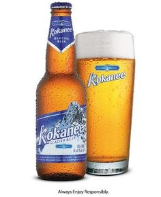 Cerveja Kokanee, estilo Standard American Lager, produzida por Columbia Brewery, Canadá. 5% ABV de álcool.