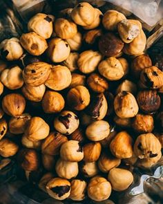 MailPoet Page - Lenivá Kuchárka Garlic, Stuffed Mushrooms, Vegetables, Food, Stuff Mushrooms, Essen, Vegetable Recipes, Meals, Yemek