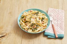 Try Pasta with Ham, Leeks and Spinach Tonightthepioneerwoman Spinach Recipes, Pasta Recipes, Cooking Recipes, Healthy Recipes, Pork Recipes, Yummy Recipes, Recipies, Yummy Food, Ham Dishes