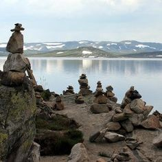 Making a stone cairn for your yard or garden