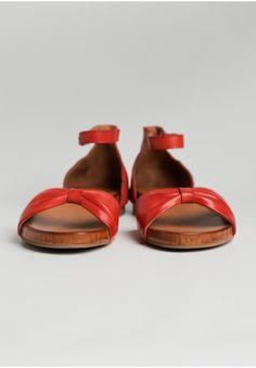 Arlene Sandals By Miz Mooz | Modern Vintage Shoes | Modern Vintage Sale | Ruche