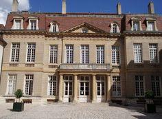 hôtels Chartraire de Montigny