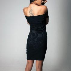 She is not fragile like a flower, she is fragile like a bomb. —— 25% OFF with code - BDAY25 —— 🧥 Skull & Roses Dress 🖤www.crmcclothing.com . . . . #crmcclothing #corvidfamilia #matchyourmood #afrogoth #blackwear #streetwear #streetwearfashion #alternativegirl #altgirl #streetwearstyle #darkwear #shoulderlessdress #blackgirlsrock #darkfashion #gothdress #beautiful #dress #blackdress #beautifuldress #booty #bootyfordays #alternativeblackgirl