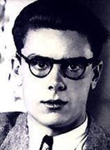 """Autor d'una de les més rellevants obres poètiques de la literatura catalana de postguerra, amb tres únics reculls: """"Da nuces pueris"""" (1960), """"Menja't una cama"""" (1962), """"Teoria dels cossos"""" (1966), que va aplegar en un volum, i """"Les dones i els dies """"(1968) que va suposar el punt i final d'una aventura poètica insòlita en el marc de les lletres catalanes."""