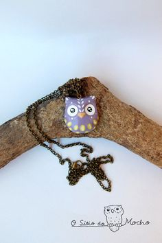 Owl necklace | Violet and green | Handmade necklace.