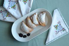 Ecco una ricetta davvero irresistibile per Carnevale (e non :-)): i ravioli dolci di ricotta Bimby con cioccolato.
