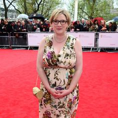 Comedian's Response to Criticism of Her Red Carpet Look Deserves a Standing Ovation