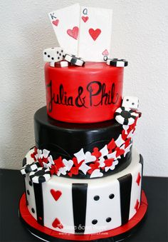 Classic Las Vegas themed Wedding cake  www.gimmesomesugarlv.com  #vegasweddingcake #customcakes